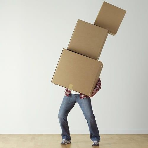 Kartondobozzal költöztetni, na még mit nem?!